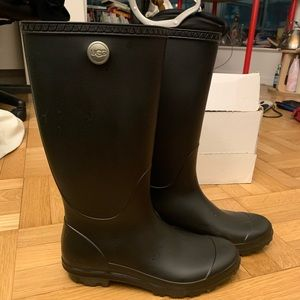 UGG womens Shelby Matte Rain Boot